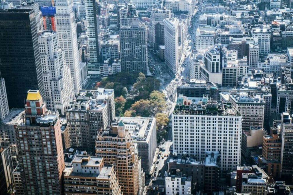 birds eye view from empire state building flatiron district manhattan nyc