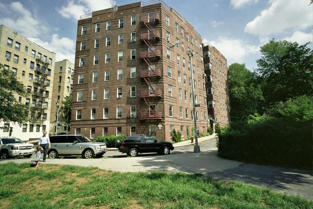 residential buildings inwood manhattan nyc